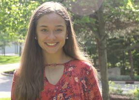 Tess Bond — Sophomore Class Secretary