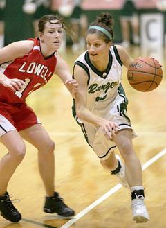 #12 Lowell-Hannah Oberlin #33 FHC- Kristina Cousins  Tom Firme 2-5-08