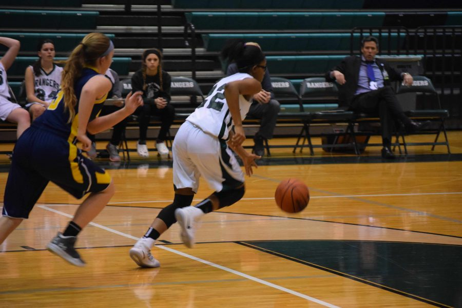 Girls+JV+basketball+finishes+25-20%2C+just+short+of+a+victory+over+East+Kentwood