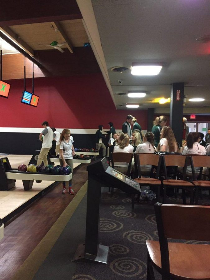 Girls bowling struggles to find a rhythm early on