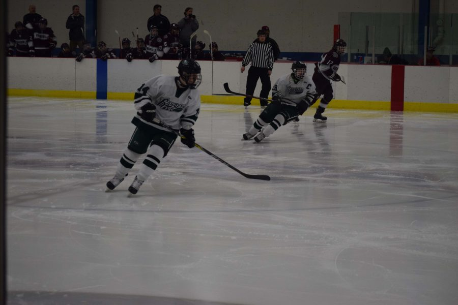 FHC+Hockey+looks+towards+Flint+Powers+in+the+State+Semifinals