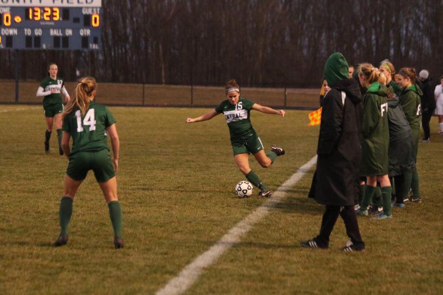Girls+varsity+soccer+mercies+Greenville+11-0