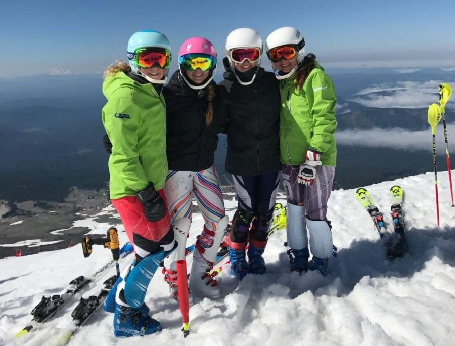 FHC+skiers+showcase+their+passion+in+Mount+Hood%2C+Oregon