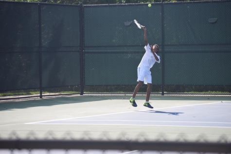 Boys varsity tennis places second at Grosse Pointe