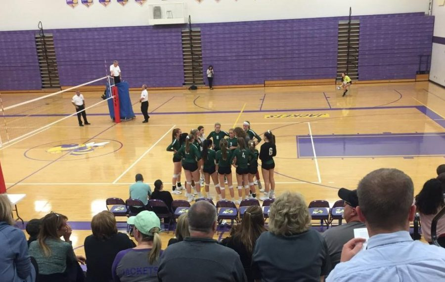 Varsity+volleyball+earns+another+win+over+Greenville+3-1