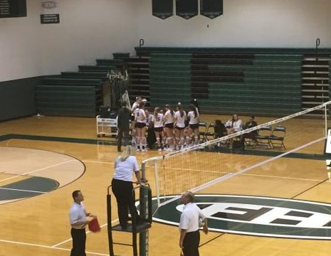 Varsity volleyball is defeated by Lowell in four, 1-3