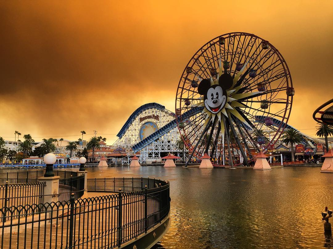 How Disneyland looked 13 miles away from one of the wildfires