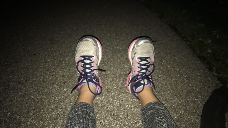 Running+in+the+dark+is+the+best+therapy