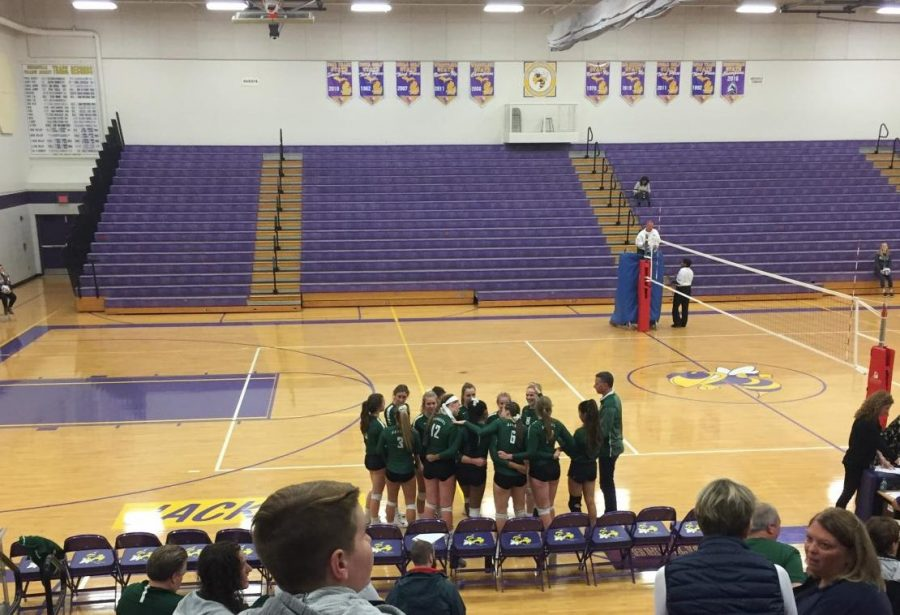 Varsity volleyball continues to district semi-finals after beating Greenville 3-0