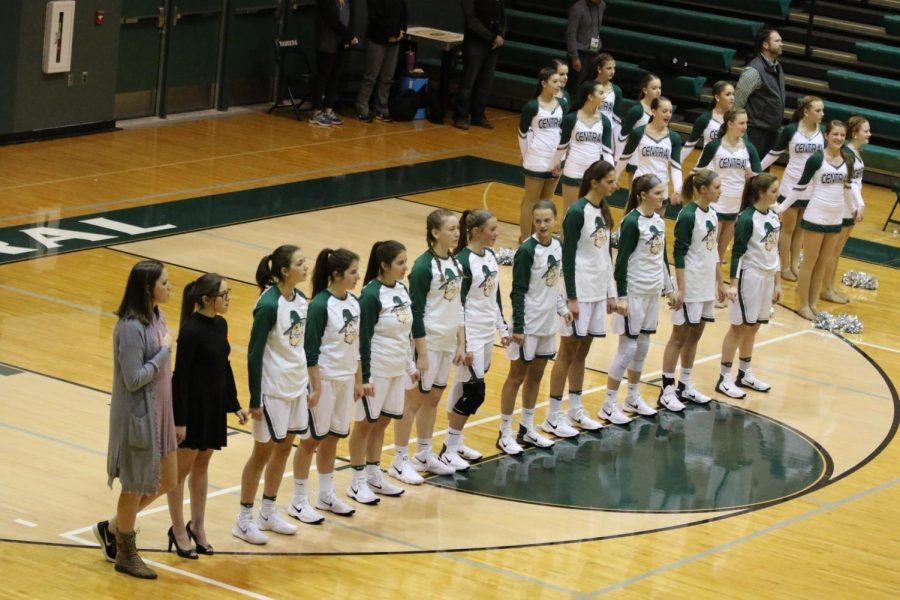 Girls varsity basketball falls to Grandville 39-28 in scrappy battle