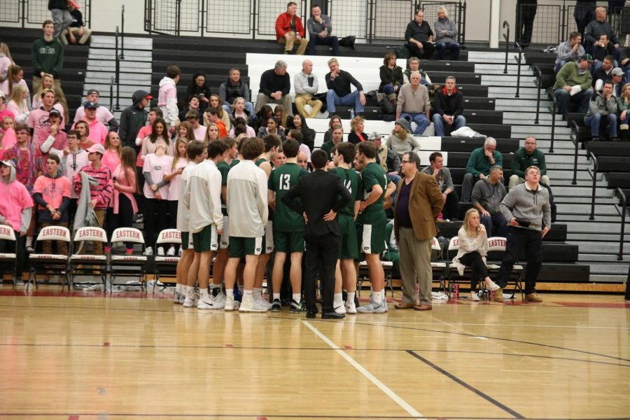 Boys+varsity+basketball+picks+up+their+first+win+of+the+season+over+Forest+Hills+Eastern+49-38