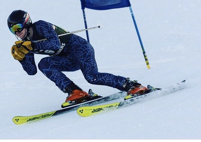Boys+varsity+ski+team+places+8th+in+GS+and+7th+in+SL+races