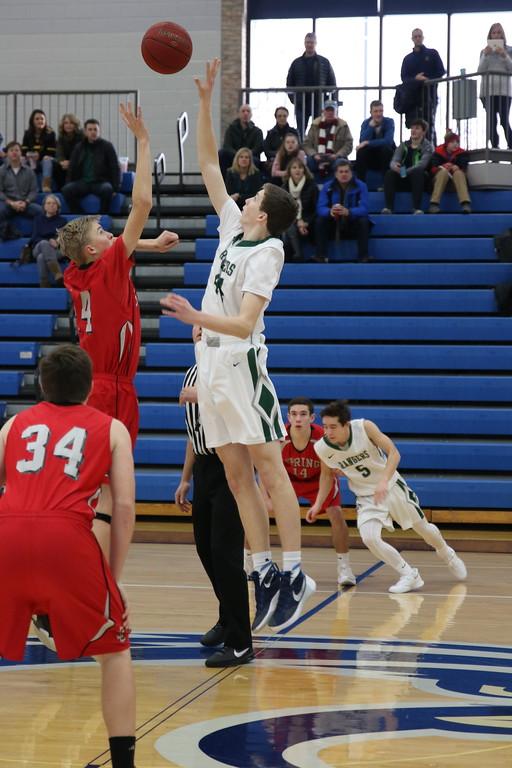 Boys JV basketball falls to East Grand Rapids 60-37