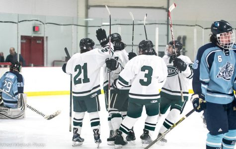 Boys Varsity Hockey edges out Mona Shores 4-3