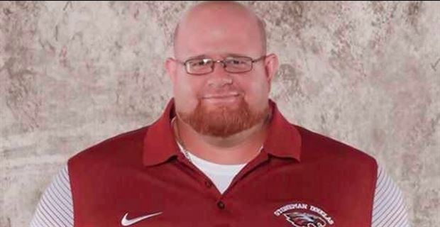 Aaron+Feis+-+a+husband%2C+father%2C+and+coach+who+died+while+using+his+body+to+shield+students+from+gunfire.
