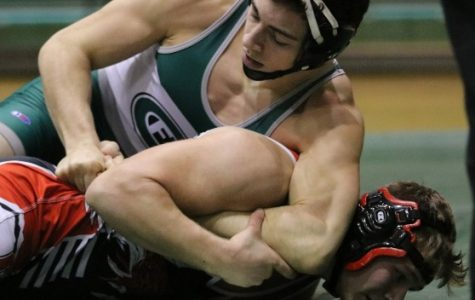 Ranger wrestling falls to Rockford in team districts