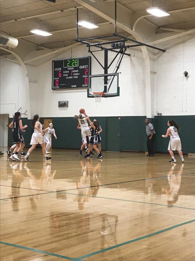 JV+Girls+basketball+has+a+tough+loss+against+East+Grand+Rapids+36-33