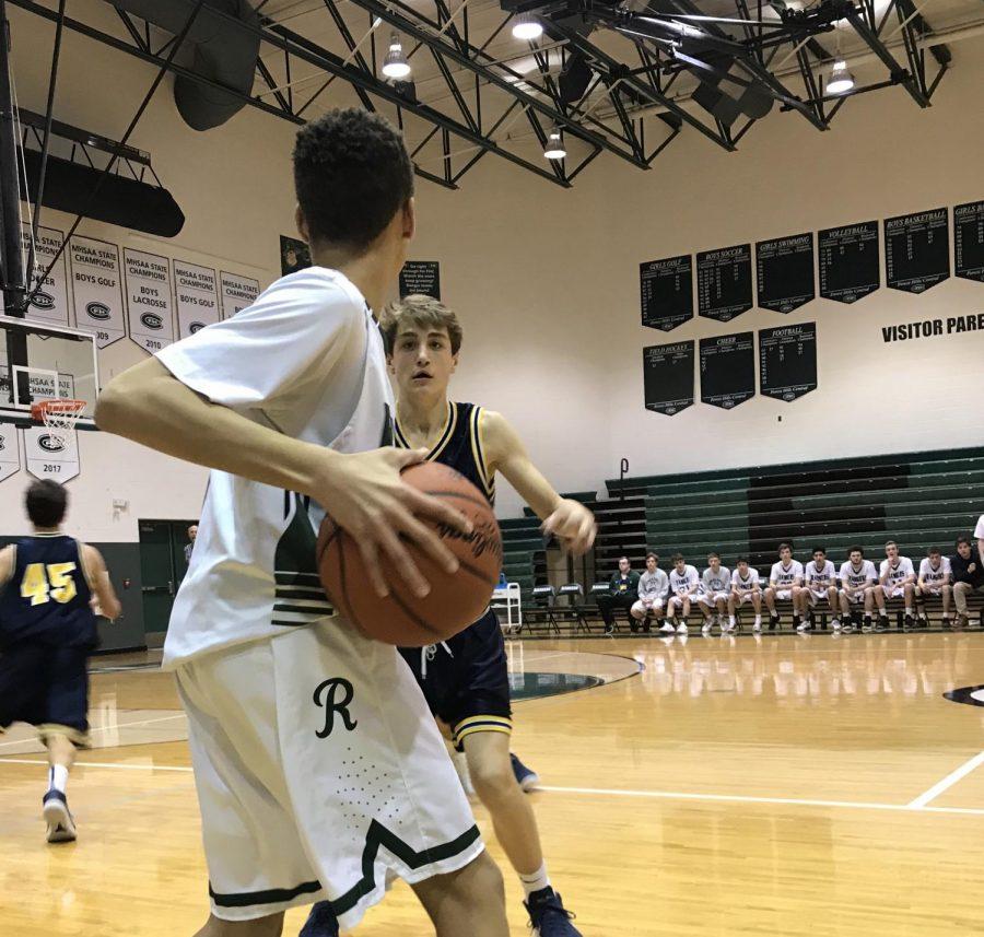 Freshman+boys+basketball+picks+up+a+win+over+EGR