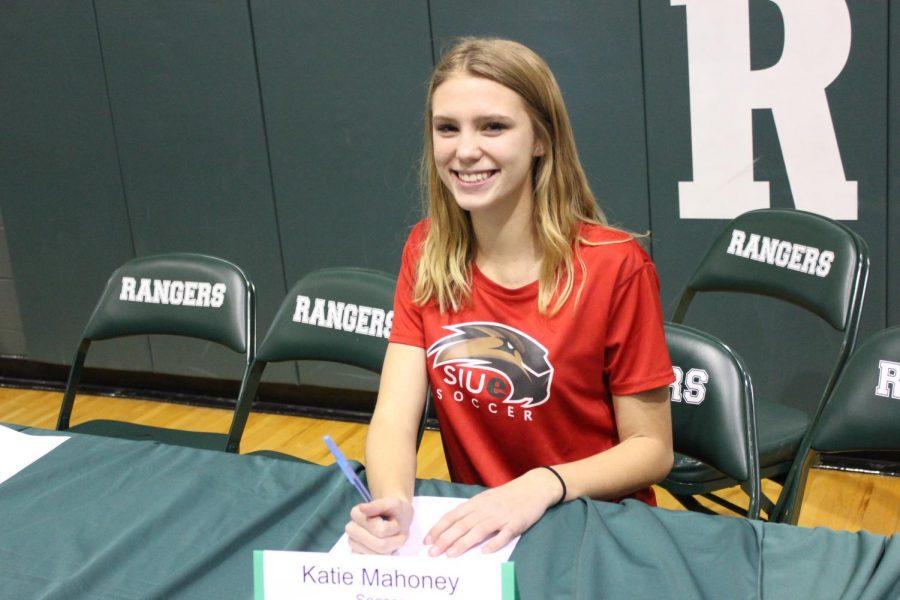 Katie+Mahoney+-+South+Illinois+University-Edwardsville