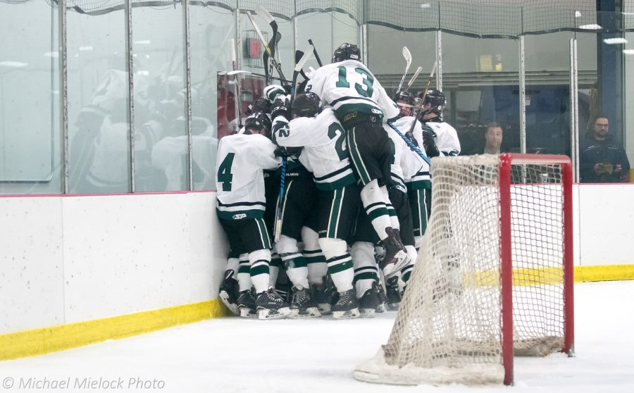 Varsity Hockey dominates Rockford 5-1 to continue their winning streak