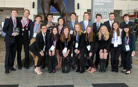 10 members of DECA team qualify for nationals in Atlanta