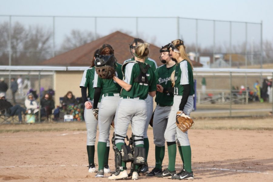 Varsity+softball+drops+a+tough+pair+of+conference+outings+to+Northview