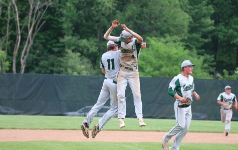 Varsity baseball has seventh inning comeback win over EGR
