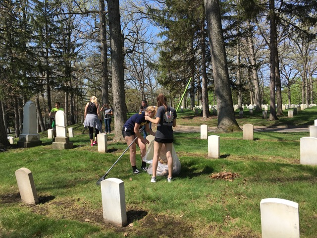 History students make an impact for Memorial Day with the help of Steve Labenz