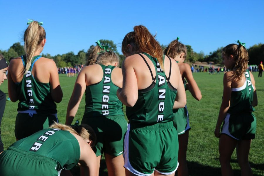 FHC+cross+country+teams+both+place+tenth+at+the+MSU+Spartan+Invitational