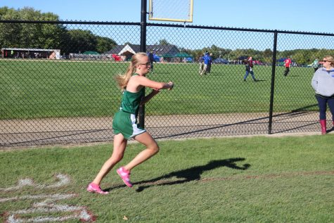 Cross country teams take home bronze at Kent Ottawa County Meet