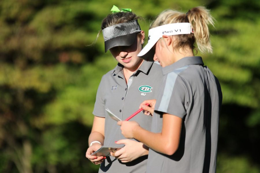 Girls+varsity+golf+team+takes+second+place+at+FHN+jamboreee