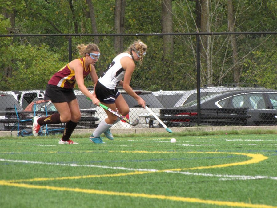 FH+varsity+field+hockey+ties+with+Skyline+1-1