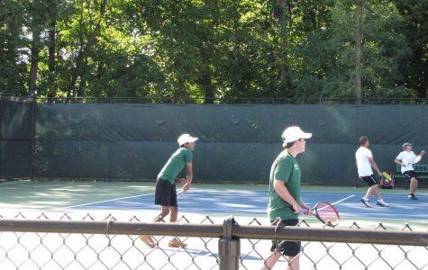 Boys varsity tennis dominates against Ottawa Hills 8-0