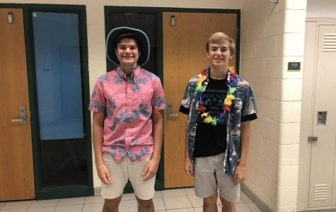 Homecoming Spirit Week 2018 – Day 2: Tacky Tourist