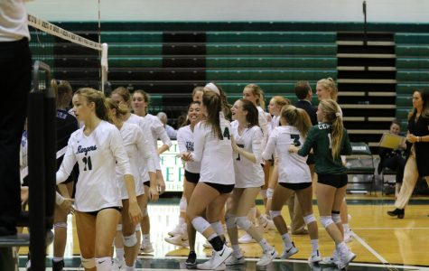 Varsity volleyball vs Forest Hills Northern – October 4, 2018