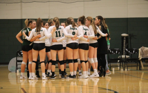 Freshman volleyball has thrilling 12-0 season