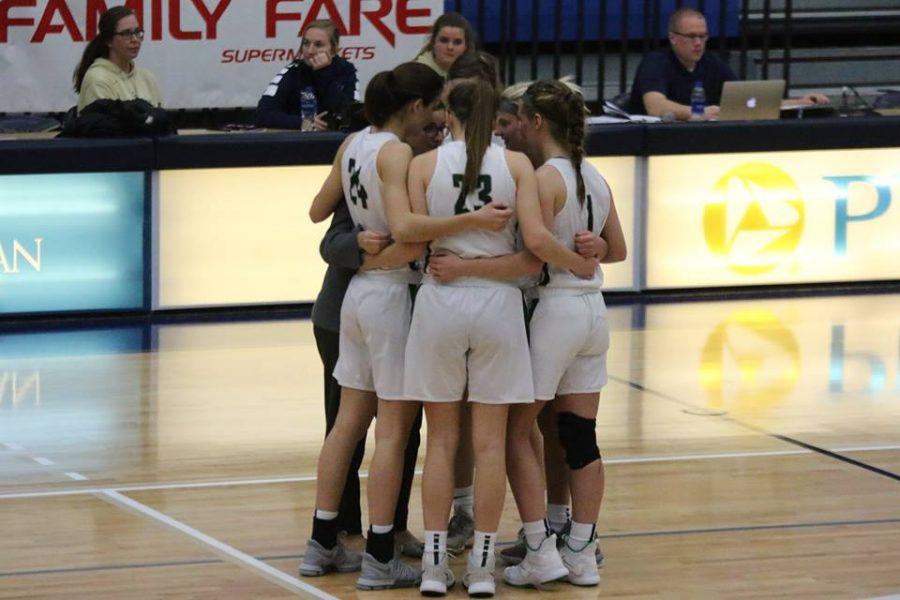 Girls+varsity+basketball+beats+Rockford+45-37%2C+wins+Holiday+Tournament