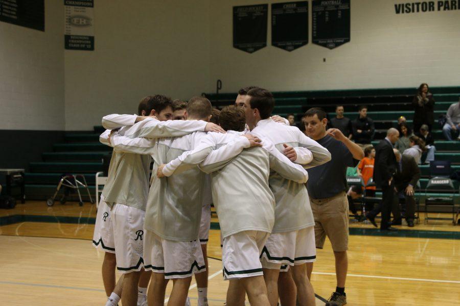 Boys+varsity+basketball+drops+season-opener+to+East+Kentwood+75-58