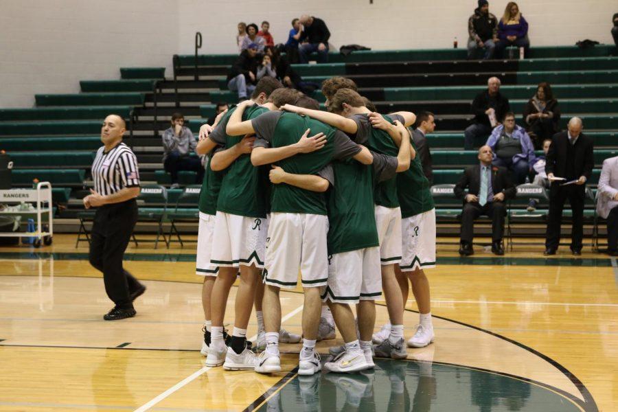 Boys+freshman+basketball+team+falls+to+Grandville+55-47