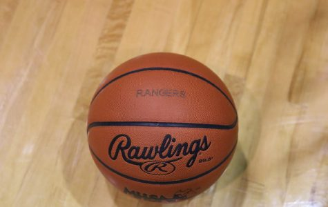 Girls JV basketball falls short to Forest Hills Northern 29-26