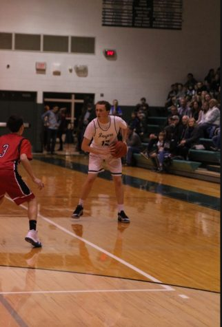 Boys varsity basketball preview: Lowell Red Arrows