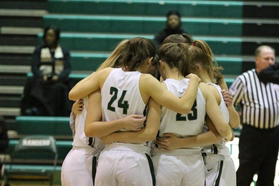 Girls varsity basketball wins big on Senior Night 72-29