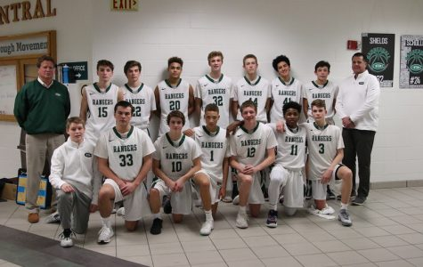 Boys JV basketball ends season strong despite an unexpected coaching change