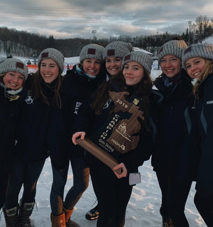 Girls+varsity+ski+graduates+several+key+seniors+after+successful+season