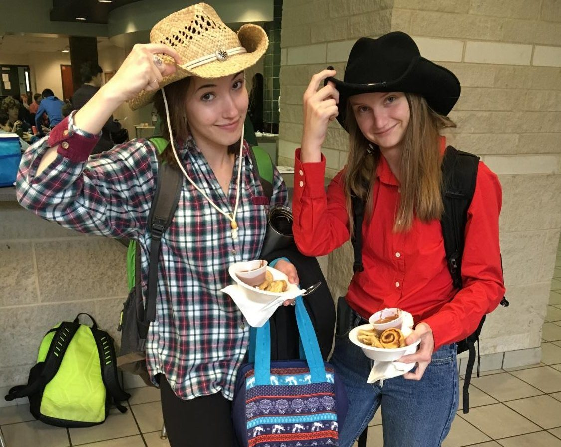 Prom Spirit Week 2019 – Day Two: Country vs. Country Club Day