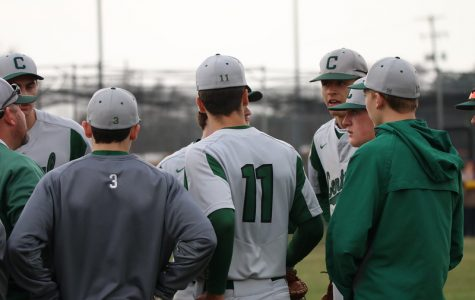 Varsity baseball struggles at EGR Round Robin