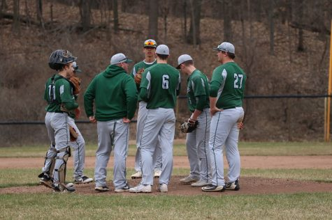 Varsity baseball picks up two wins over Cedar Springs