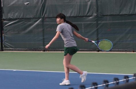 Girls varsity tennis suffers tough losses in first quad of the year