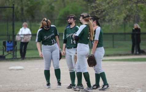 Varsity softball splits double header with South Christian