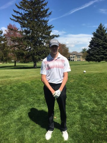 Isaiah Huempfner leads boys varsity golf in Regionals with a 72